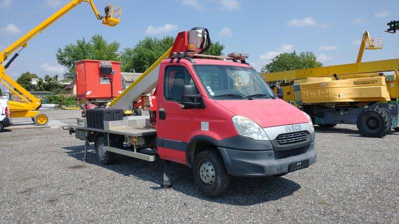 Iveco Daily Multitel MT202DS