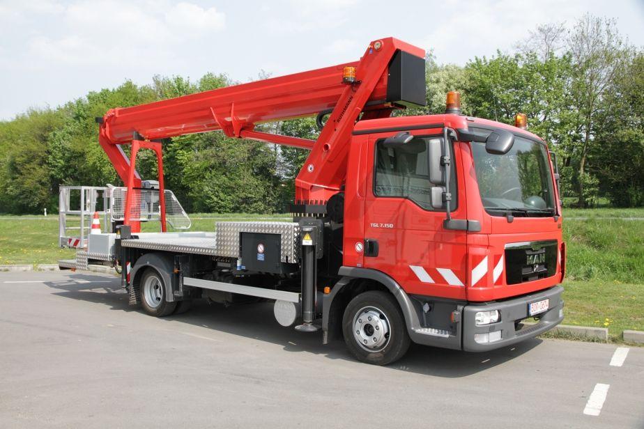 Steiger T 330
